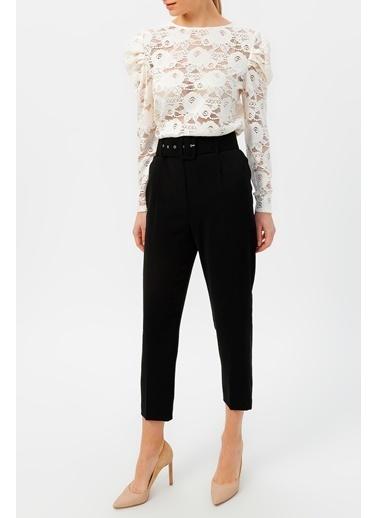 Random Kadın Kol Detaylı Dantel Bluz Beyaz